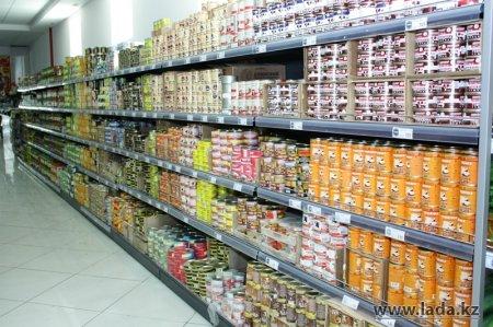 В передвижных автолавках Жанаозена продано почти 20 тонн продуктов питания