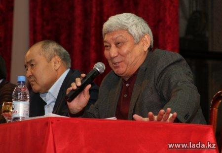 Сегодня в Мангистауской областной филармонии глава «Казмунайгаза» Ляззат Киинов встречается с уволенными нефтяниками «Каражанбасмунай»