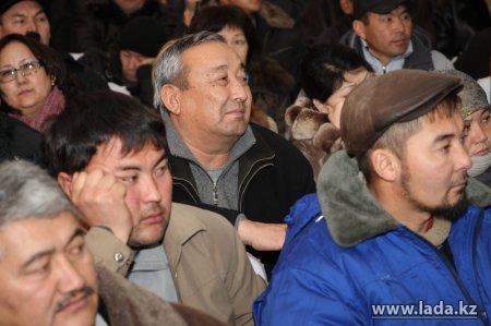 """АО «Озеньмунайгаз»: """"Воспользоваться предложением о трудоустройстве из тысячи уволенных решили только семь человек"""""""