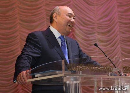 Министр образования и науки РК Бахытжан Жумагулов: «На сегодняшний день в Жанаозене нет ни одной аварийной или трехсменной школы»