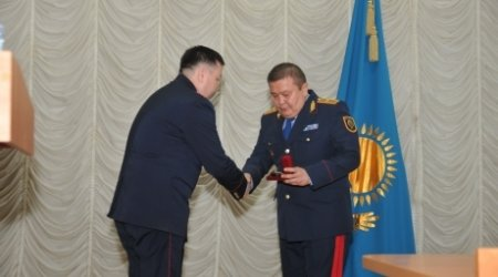 Карагандинских полицейских наградили за охрану порядка в Жанаозене