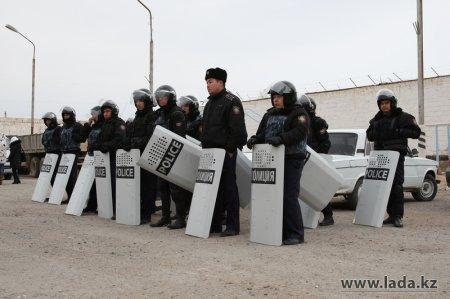 Казахстанских оппозиционеров привлекают к ответственности за погромы в Жанаозене